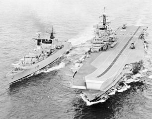 HMS_Broadsword_and_Hermes_1982