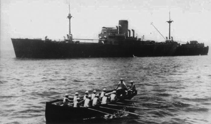 KMS Thor in the south atlantic, 1940