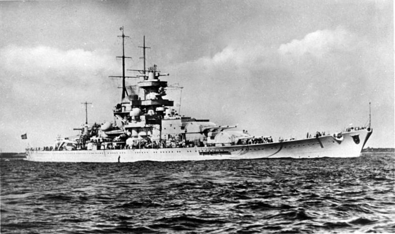 Gneisenau after her second bow refit in 1942