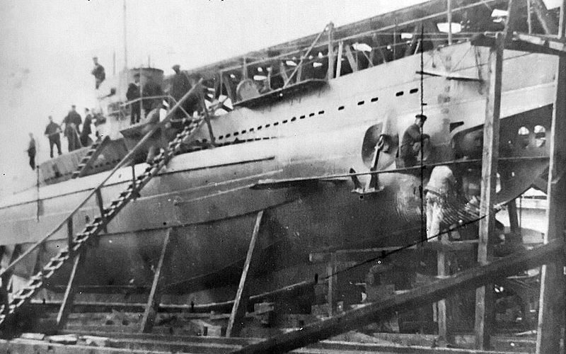 The_assembly_of_a_SM_U-31_submarine_in_the_Ganz-Danubius_company