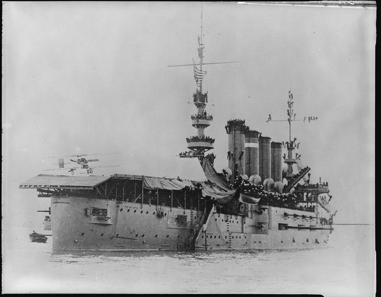 Eugen Ely landing on USS Pennsylvania