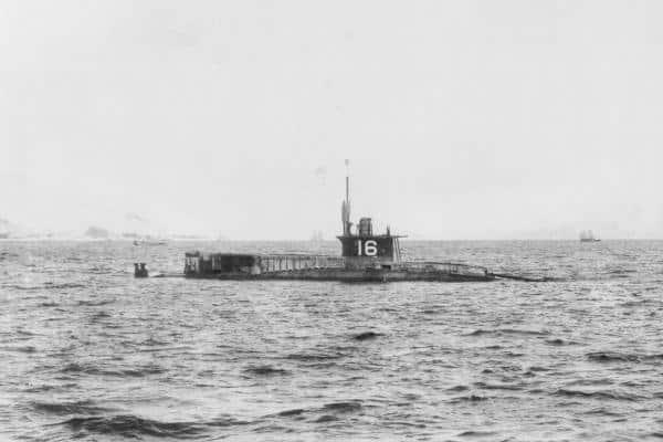 IJN HA-7 off Kure, 1916