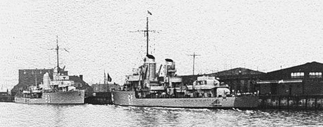 Destroyers Bernd von Arnim and Wolfgang Zenker in Bremerhaven 1938