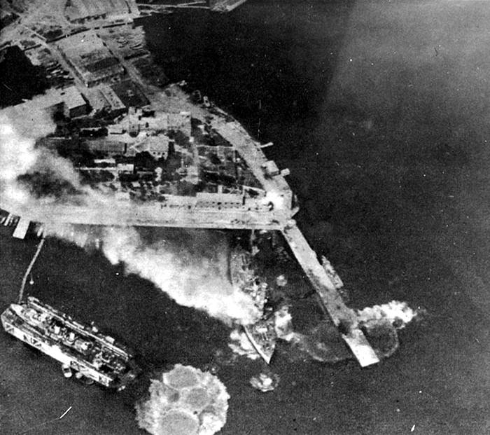 Kilkis_under_air_attack_in_April_1942