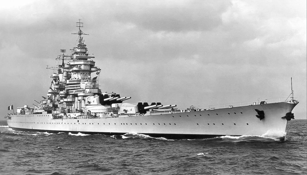 Richelieu in all her glory in 1944, with her new American AAA.