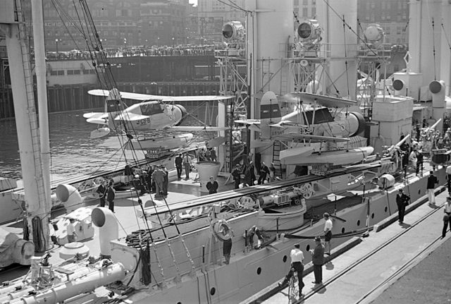 USS Cincinatti with visitors Vancouver 1937
