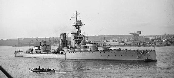 HMS centurion at Rosyth in 1918
