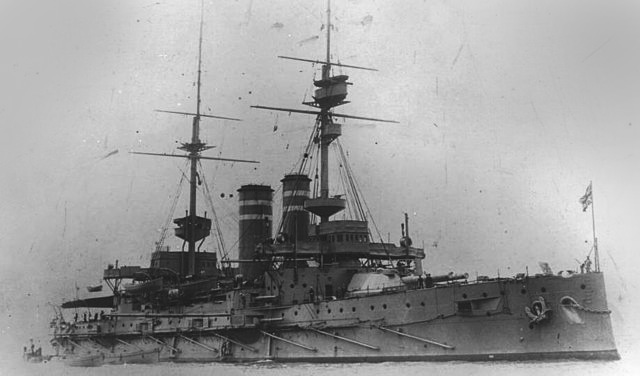 HMS Queen in 1915 - HMS Queen was also assigned to the 3rd Fleet Line of the 1st Fleet in 1914, having served in the Mediterranean and Atlantic. After the Channel, like the Prince of Wales she was sent to the Mediterranean, Dardanelles, covering the landings of ANZACs and was sent to the Adriatic to support the Italians, roughed up by the Austro-Hungarians. In Taranto, four of her 152 mm guns were transferred to the Italian Navy. She then returned to France.