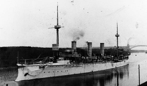 SMS Gefion htrough the Kiel canal