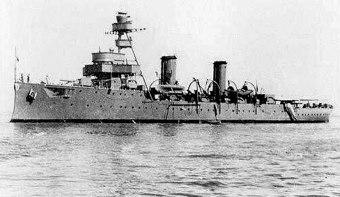 Peruvian cruiser Almirante Grau in 1944