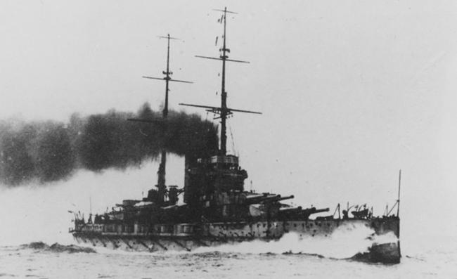 SMS_Prinz_Eugen_underway