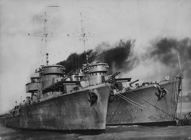Orp Destroyers preparing for Operation peking