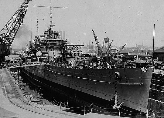 USS Brooklyn in construction. Shipyard archive - Credits navsource.org