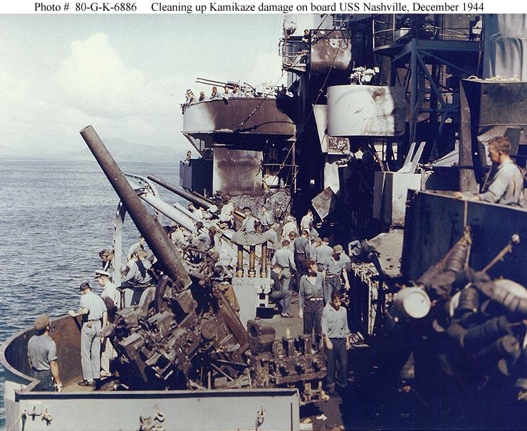 USS Nashville 5-in guns
