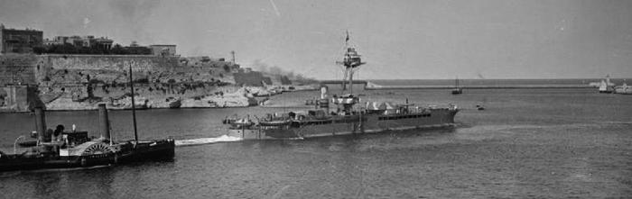 HMS Raglan leaving Malta to shell Brindisi