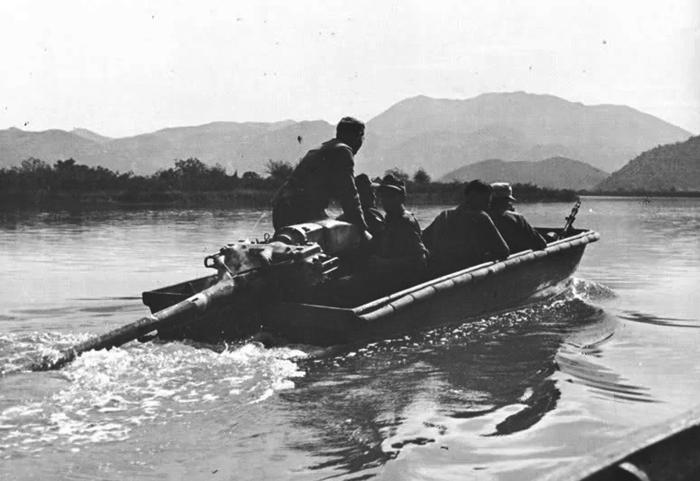 Sturmboote 39