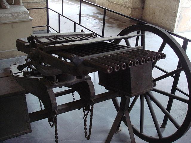 Nordenfelt 1880s 10-barrelled gun