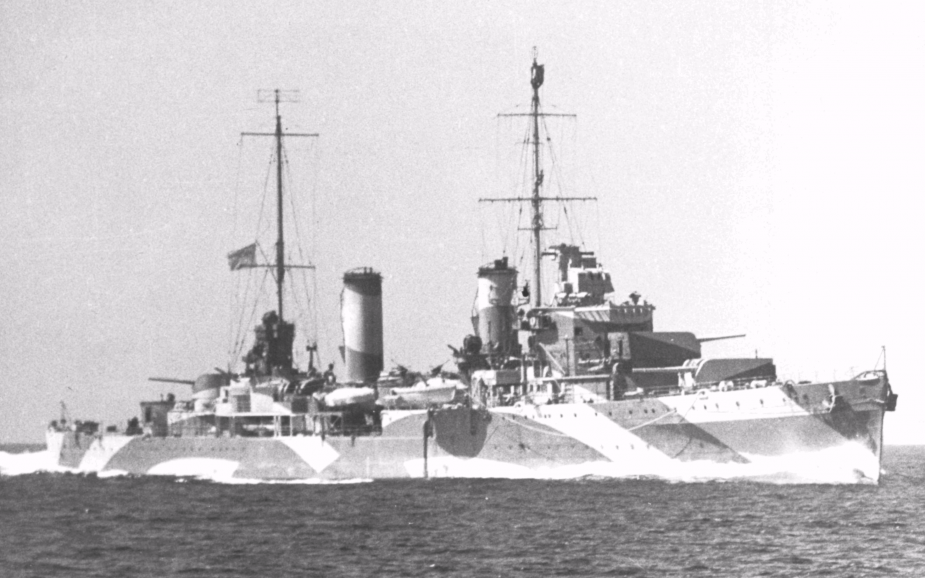 Perth underway in 1942