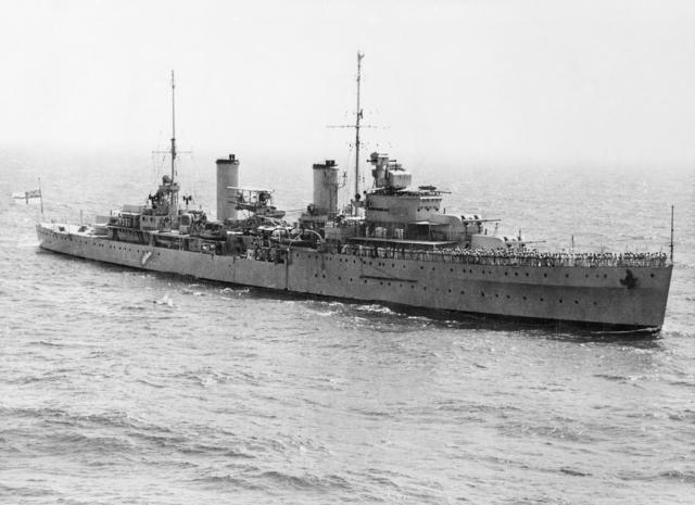 HMAS Sydney in 1940