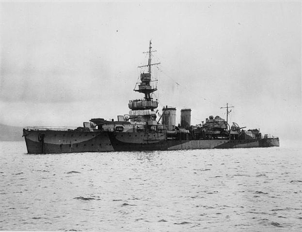 HMS Cardiff in 1942