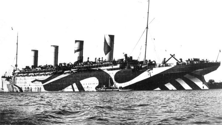RMS Olmypic in razzle dazzle