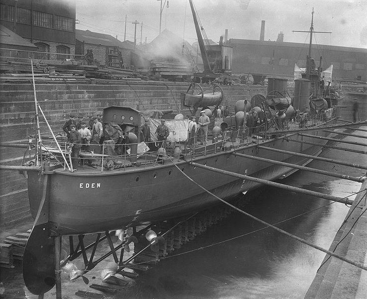 HMS Eden stern