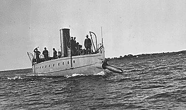 uss stiletto launching a torpedo