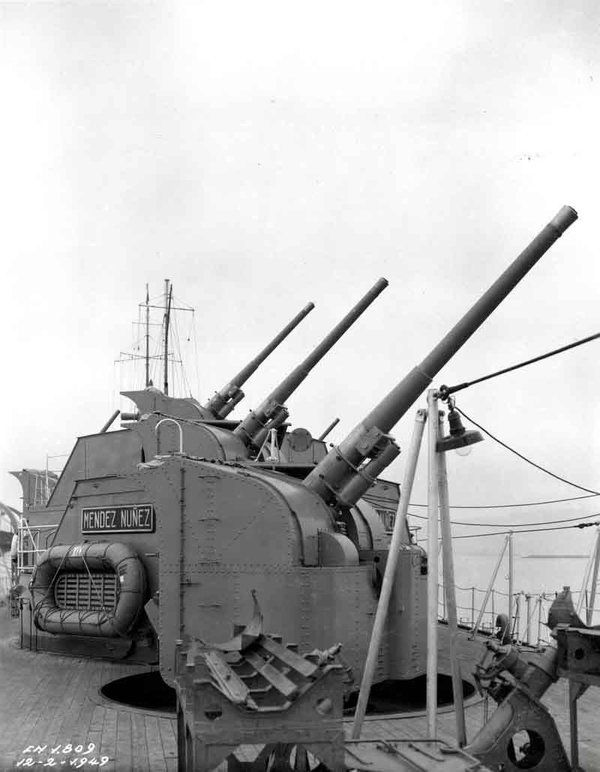 Details of the new 120 mm/44 Vickers F-type gun