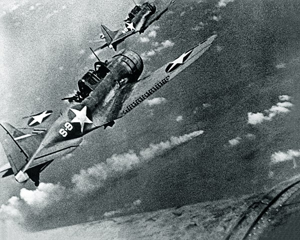 SBD Dauntless attacking the Mikuma on 6 June 1942