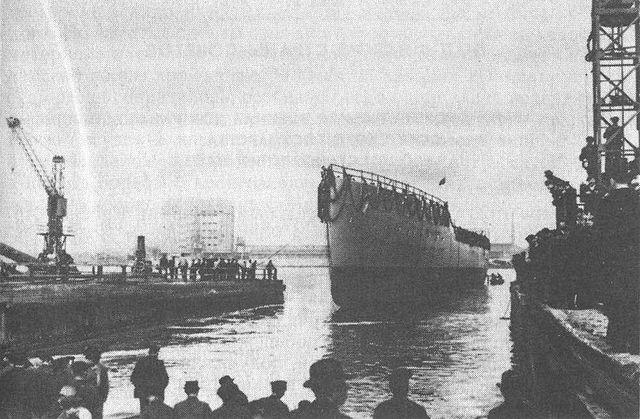 Launch of Amurzki at Schichau, Gdansk, Poland