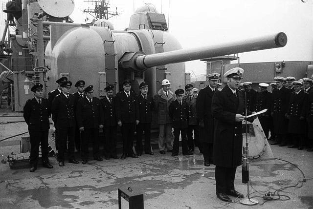 127 mm gun Molders