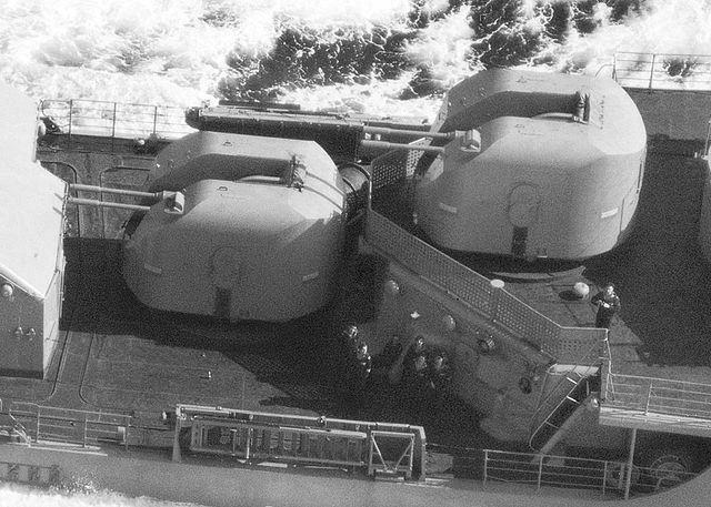 AK-726
