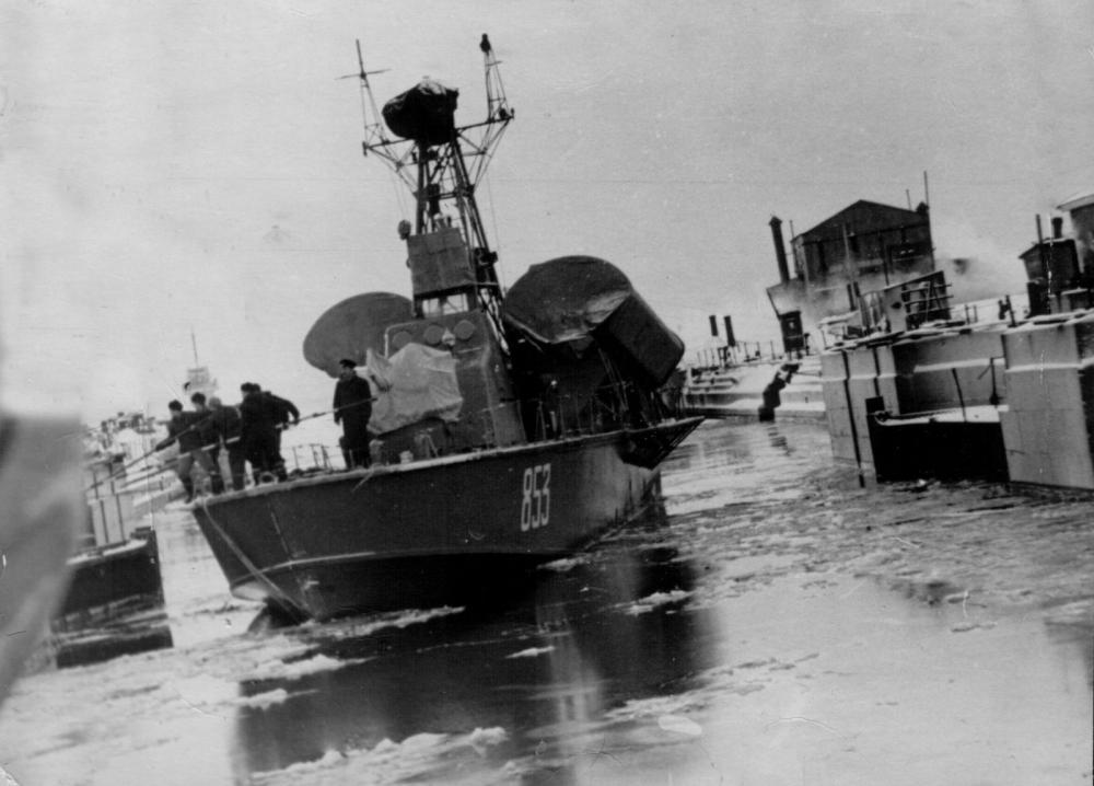 Komar boat - src military edge