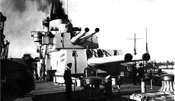 Artillery aft, Cruiser Bolzano