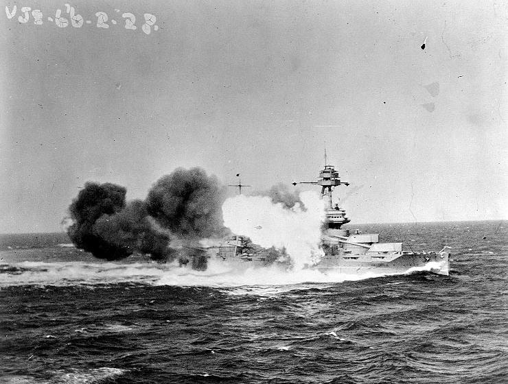 USS Texas gunnery practice in 1928