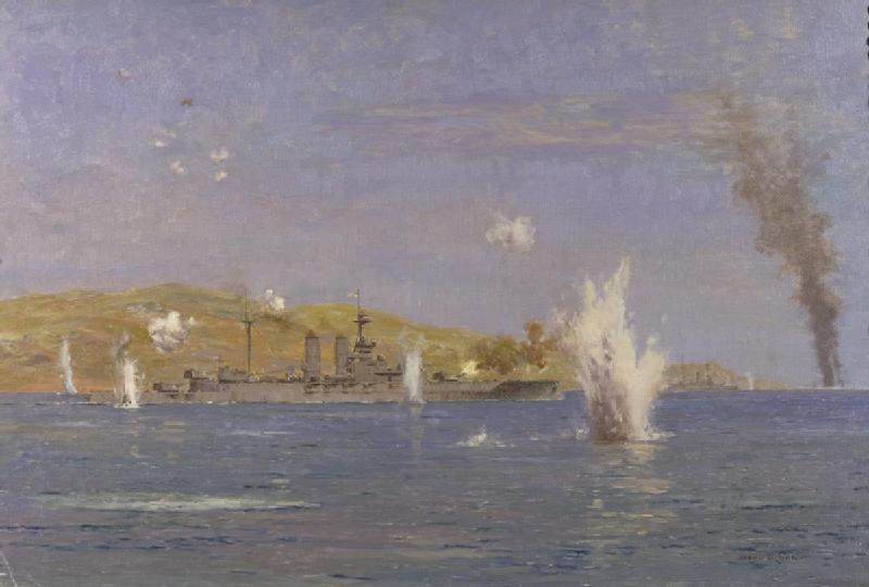HMS_Queen_Elizabeth_Shelling_Forts_Dardanelles_attack_on_the_Narrows_Gallipoli_18th_March_1915-IWM
