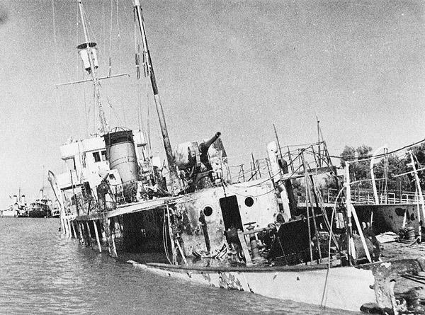 Babr sank at Khorramshar, 25 August 1941