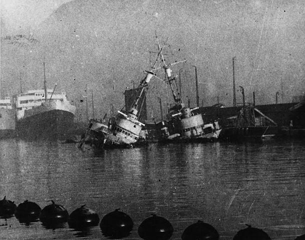 Toulon scuttling of the fleet. German photo, Bundesarchiv