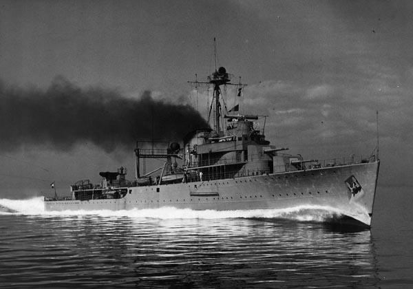 Tromp making her sea trials in 1938