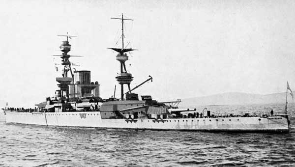 Stern view of HMS Courageous