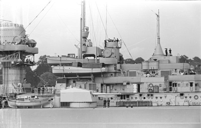 One of Bismarcks 15 cm gun turrets