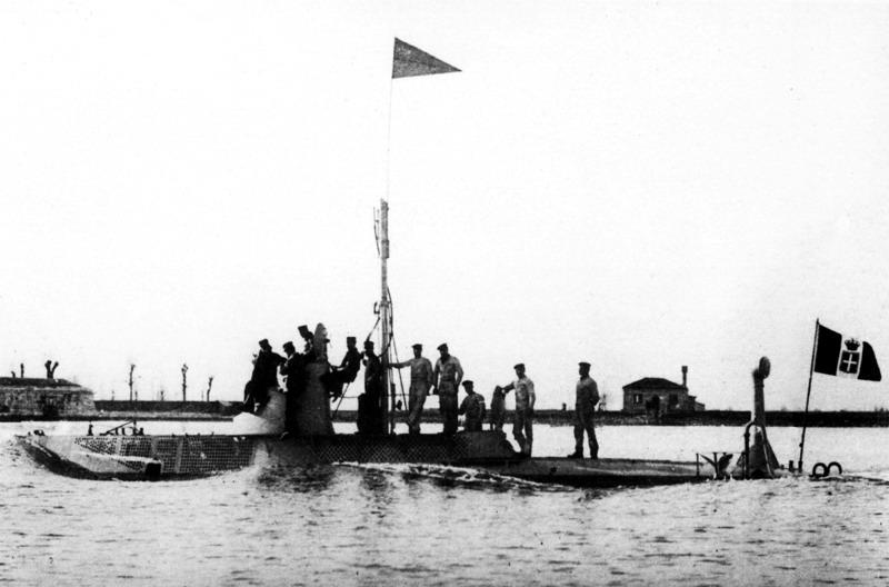 submarine Delfino