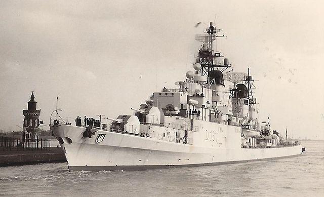 Hamburg (D181) as built