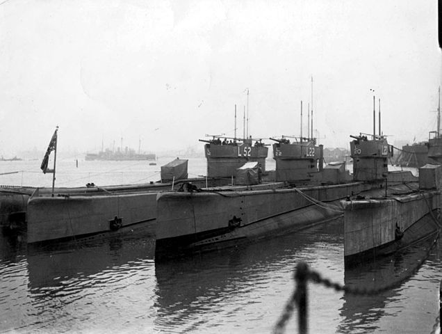 L-class boats in Gosport, 1933, L52 was one of the last, completed after WW2