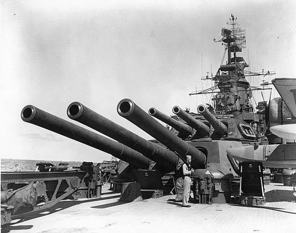 USS California aft turrets