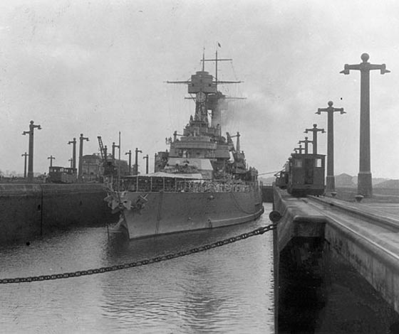 USS California through Gatun locks, Panama canal, 1927