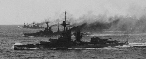 HMS Agincourt underway in 1915