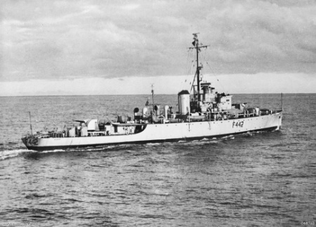HMAS Murchison off Korea, 1950