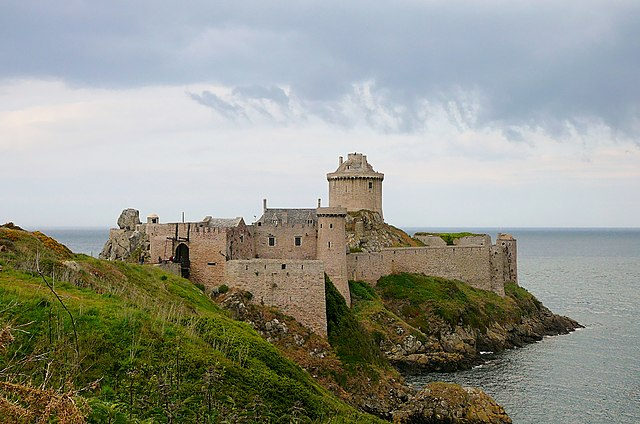 Roche Goyon Fort