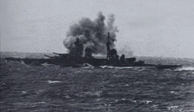 Gorizia firing her main battery during the Second Battle of Sirte